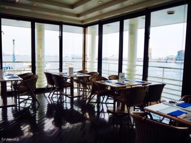 みなとみらい ぷかり桟橋 レストラン ピア21